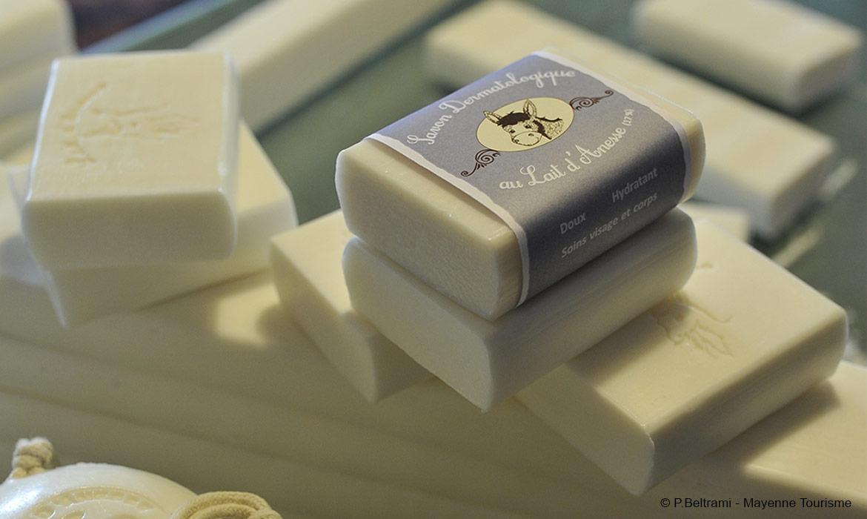 étiquette savon au lait d'ânesse fabriqué en Mayenne